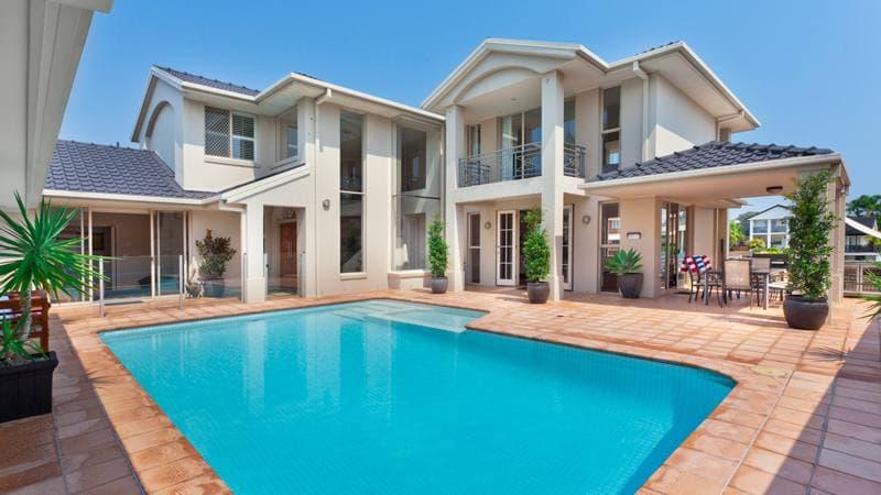 บ้านพร้อมสระว่ายน้ำ ราคาดี
