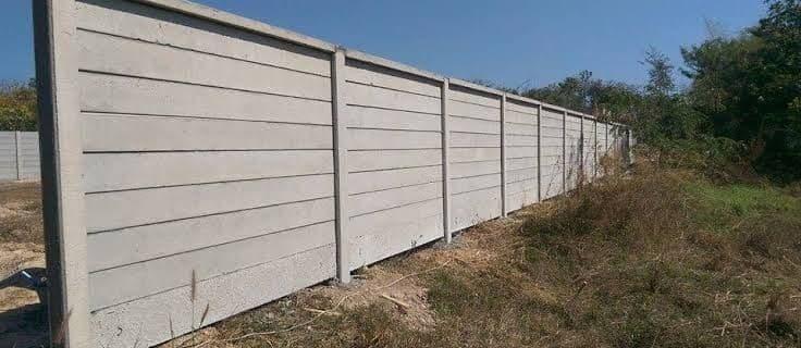กำแพงบ้านสำเร็จรูป